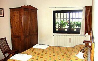 509: bedroom