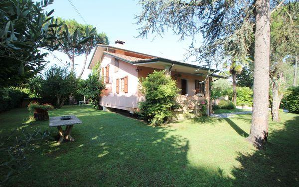 Casa Vacanze Caterina in affitto a Marina Di Massa
