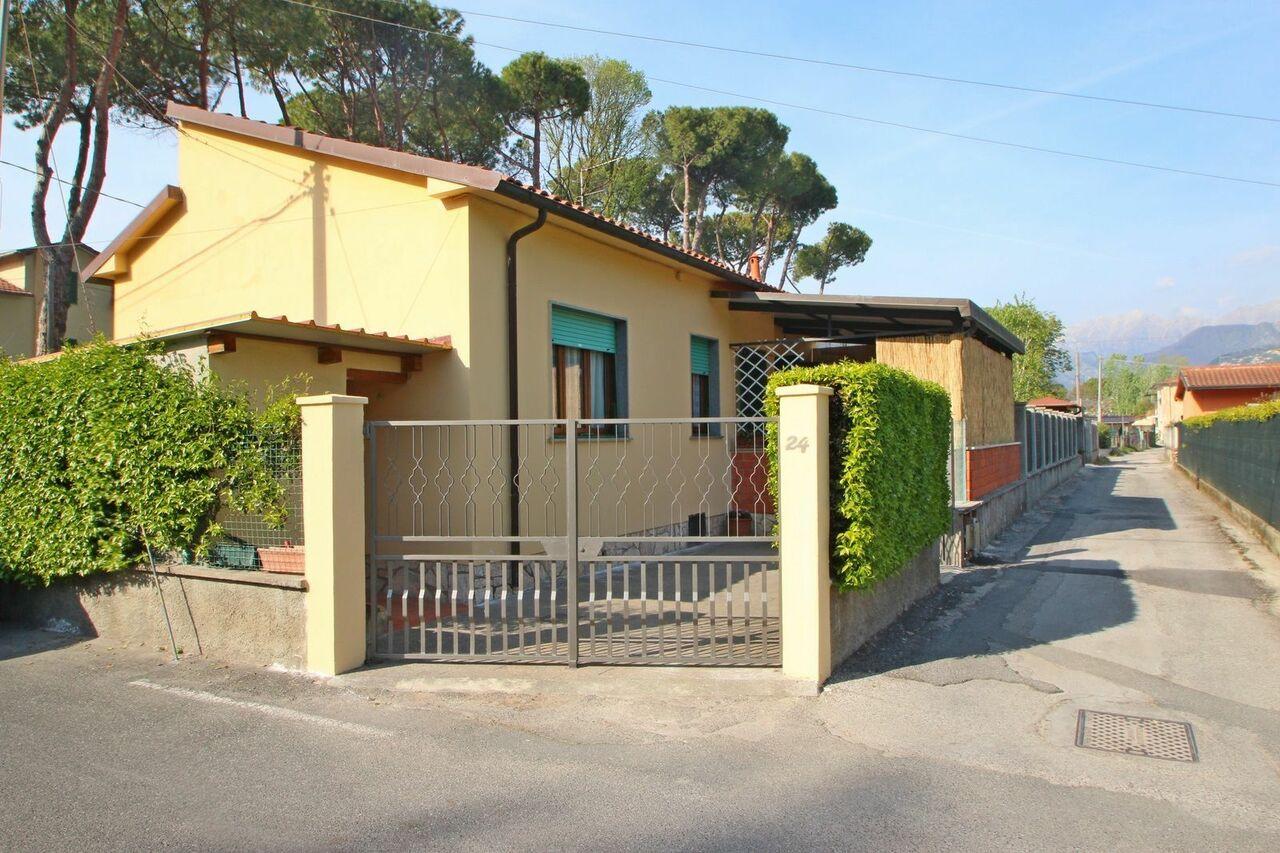 House at Marina di Massa