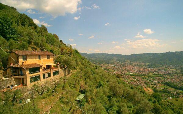 Casa Vacanze Casa Dell'artista in affitto a Greppolungo