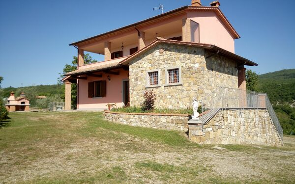 Villa Leo, Villa for rent in Pieve San Giovanni, Tuscany