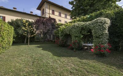 Appartamento Montelonti: Private garden.