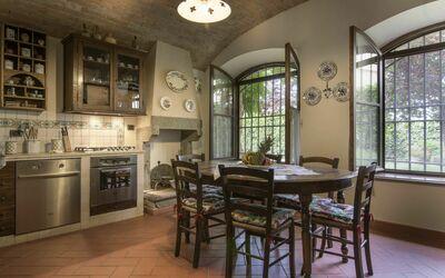 Appartamento Montelonti: Dining room
