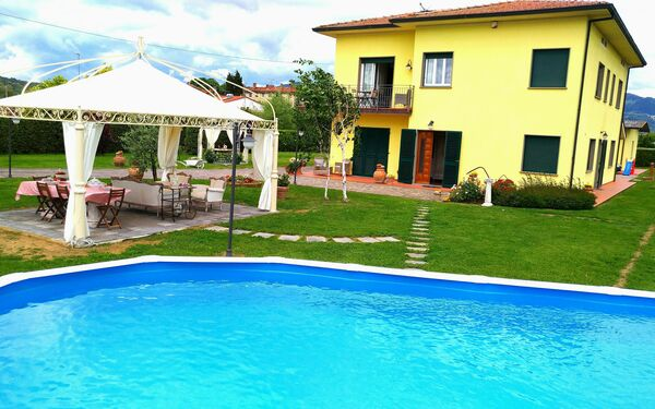 La Valinfiore, Villa for rent in San Salvatore, Tuscany