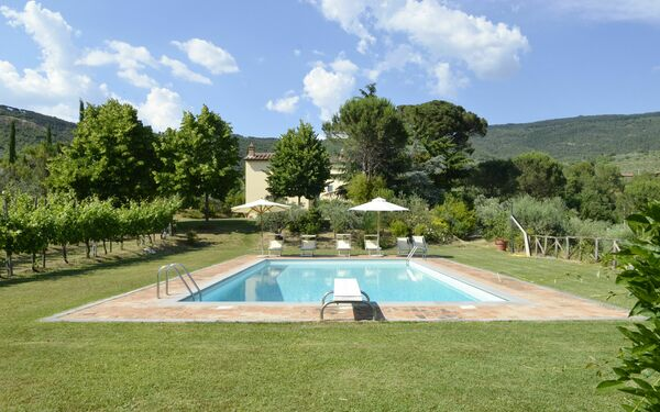 Villa San Pietro, Villa for rent in Cegliolo, Tuscany