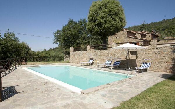 Villa i Lecci, Villa for rent in Torreone, Tuscany