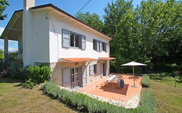 Villa Casa Nel Bosco in  Strettoia -Toskana