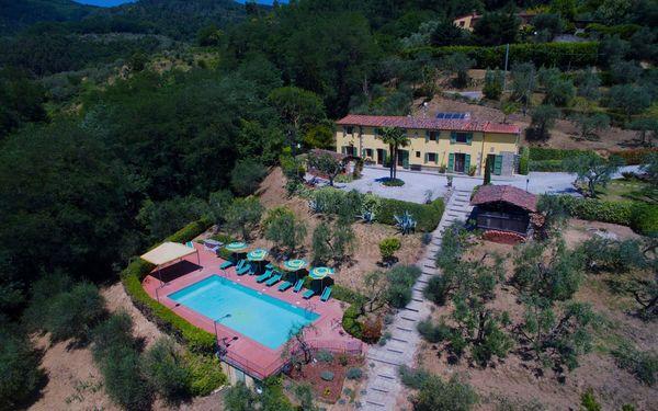 Toskánsko, Massa e Cozzile, Villa Cecchini