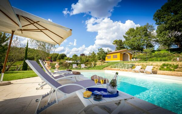 Villa Le Querce, Villa for rent in San Piero a Sieve, Tuscany