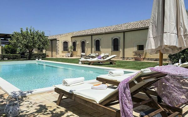 Salvatore, Villa for rent in Syracuse, Sicily