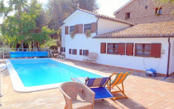 La Casa Della Civetta, Country Resort for rent in Castel Colonna, The Marches