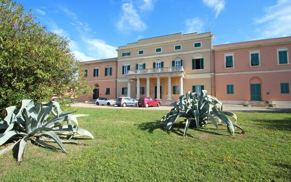 Appartamento Casini, Holiday Apartment for rent in Livorno, Tuscany