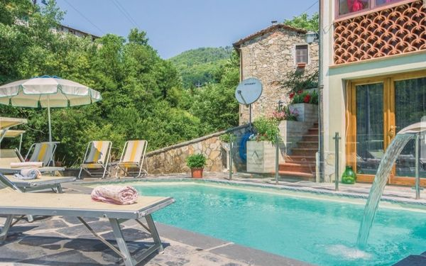 Casa Maresa, Holiday Home for rent in Pascoso, Tuscany