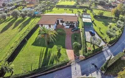 Villa Pergolone: Ferienhaus in Strettoia
