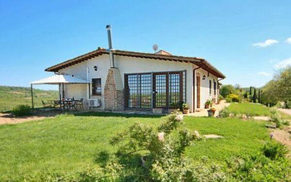 Umbrie, San Venanzo, Casa Rustica