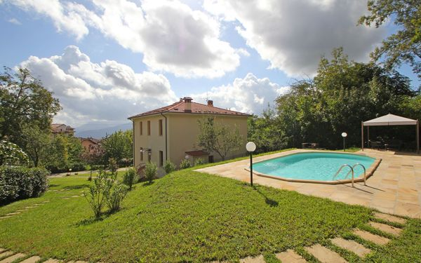 Villa Corfino, Villa for rent in Corfino, Tuscany
