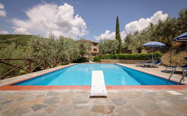 Villa Le Capanne, Holiday Home for rent in Pieve Di Chio, Tuscany