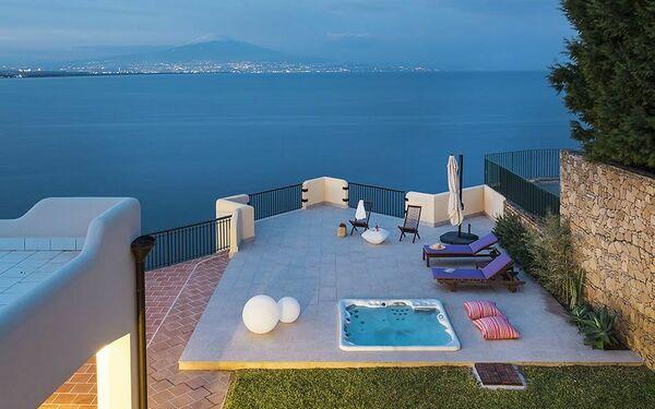 Baia Del Riccio, Villa for rent in Costa Saracena-castelluccio, Sicily