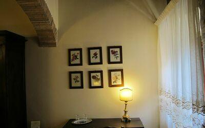 Le Querciole Del Chianti Countryhouse: Bedroom particular