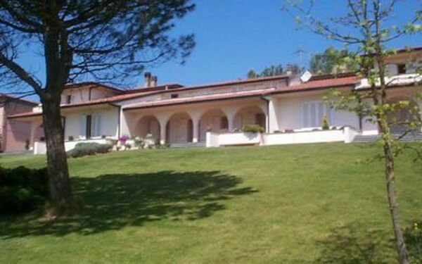 Villa Viviana, Holiday Apartment for rent in Montopoli In Val D'arno, Tuscany