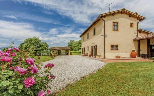 Tenuta Monti, Country House for rent in Borgo San Lorenzo, Tuscany