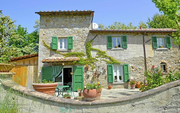 Villa Celestina, Holiday Home for rent in Catrosse, Tuscany