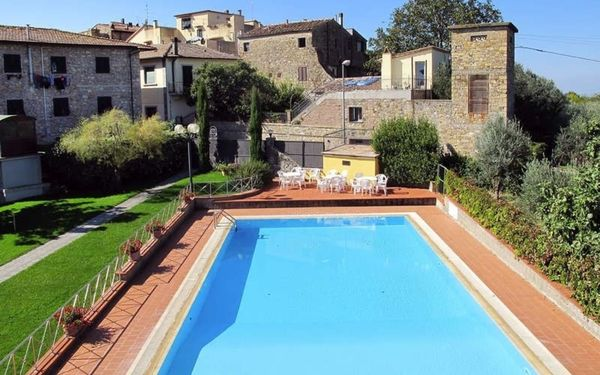 La Canonica, Residence for rent in San Donato, Tuscany