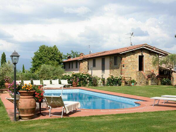 Villa Alessandra Alla Poggetta, Villa for rent in Cavriglia, Tuscany