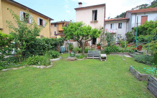 Landhaus Casina Dei Limoni in  Capanne-prato-cinquale -Toskana