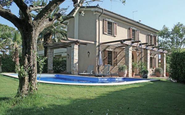 Robert's Villa, Villa for rent in Forte Dei Marmi, Tuscany