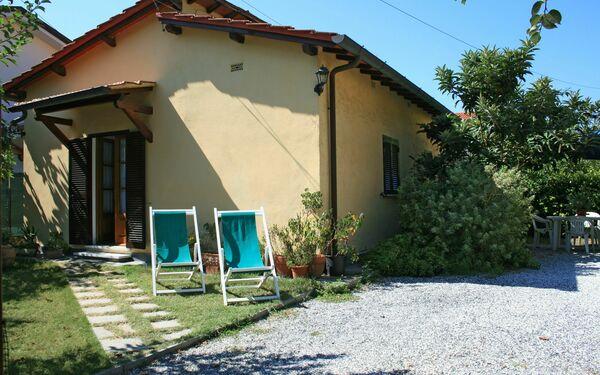 Villa Villa Eliana in affitto a Forte Dei Marmi