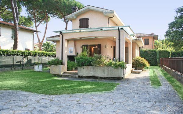 Villa Villa Diego in affitto a Forte Dei Marmi
