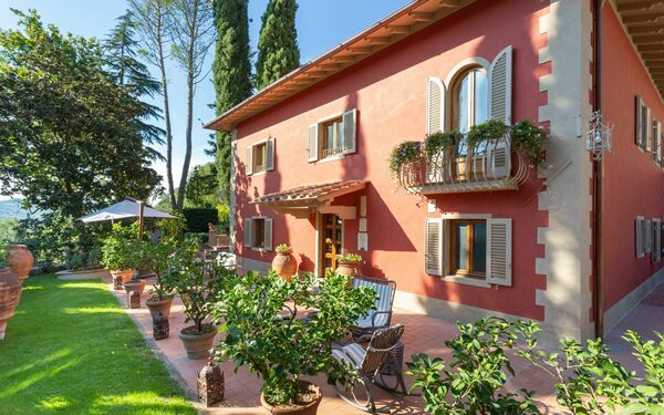 Cipressi Alle Vigne, Villa for rent in Dicomano, Tuscany