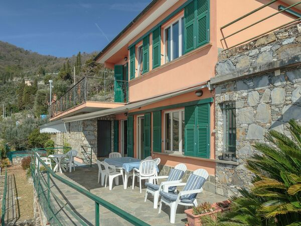 Villa Villa Pia Con Piscina a Recco in  Recco -Ligurien