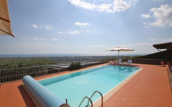 Terrazza Sul Mare, Holiday Home for rent in Strettoia, Tuscany