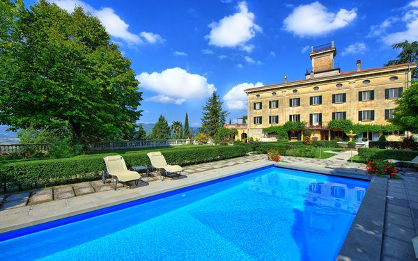Villa Terrie, Villa for rent in Santa Lucia, Umbria