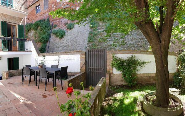 : Giardino privato ad uso esclusivo de clienti