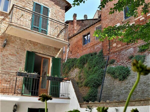 Laura Che Crea Home, Country House for rent in Foiano Della Chiana, Tuscany