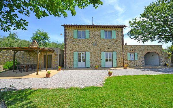 Villa Il Palazzone, Villa for rent in Le Contesse, Tuscany