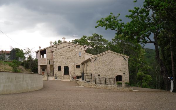 La Collina Con Gli Ulivi, Holiday Home for rent in Tavernacce, Umbria