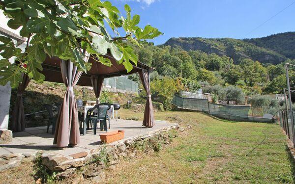 Casa Vacanze La Casa Del Leone in affitto a Montignoso