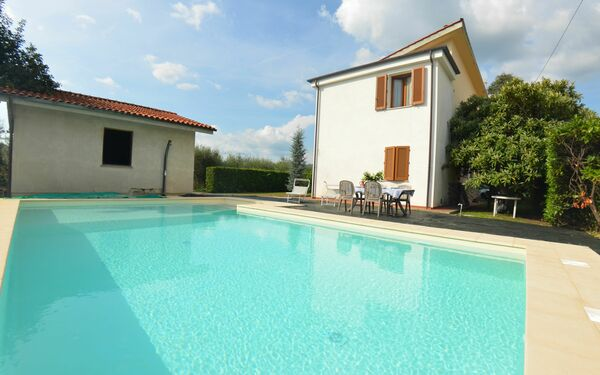 Villa Anna, Villa for rent in Capannori, Tuscany