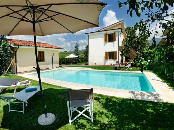 Villa Anna, Villa for rent in Capannori, Tuscany