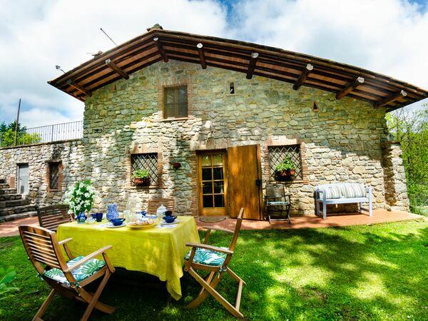 Casale Grumo in affitto a Loppeglia-fiano