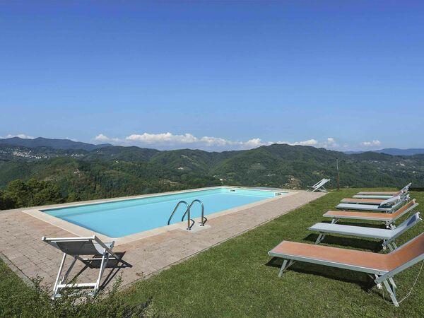 La Castagnara, Villa for rent in Castagnori, Tuscany