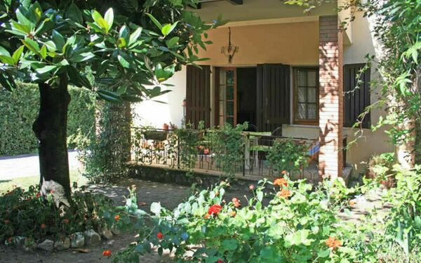 Villa Patio, Villa for rent in Forte Dei Marmi, Tuscany