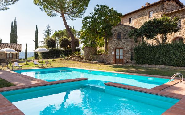 Pratale Apartments, Country House for rent in Tavarnelle Val Di Pesa, Tuscany