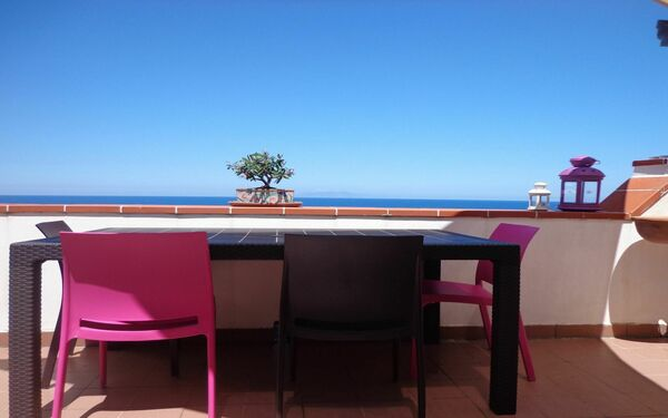 Casa Mascagni, Holiday Apartment for rent in Marchesana, Sicily