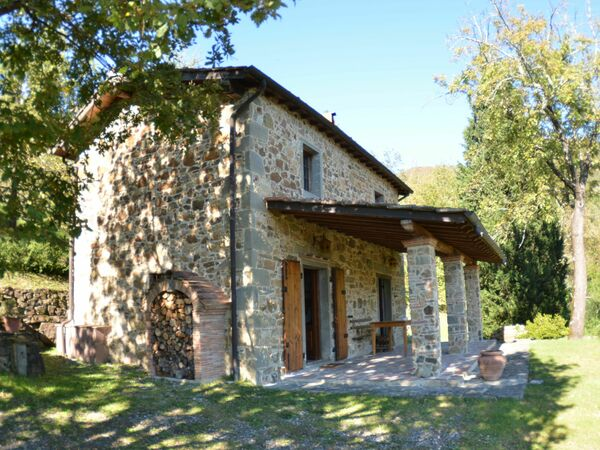 Vignoli, Holiday Home for rent in Longoio-mobbiano, Tuscany
