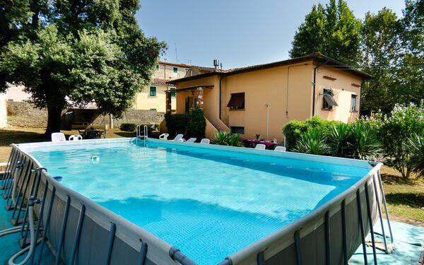 Villa Villa Elisa in affitto a Cascine-la Croce
